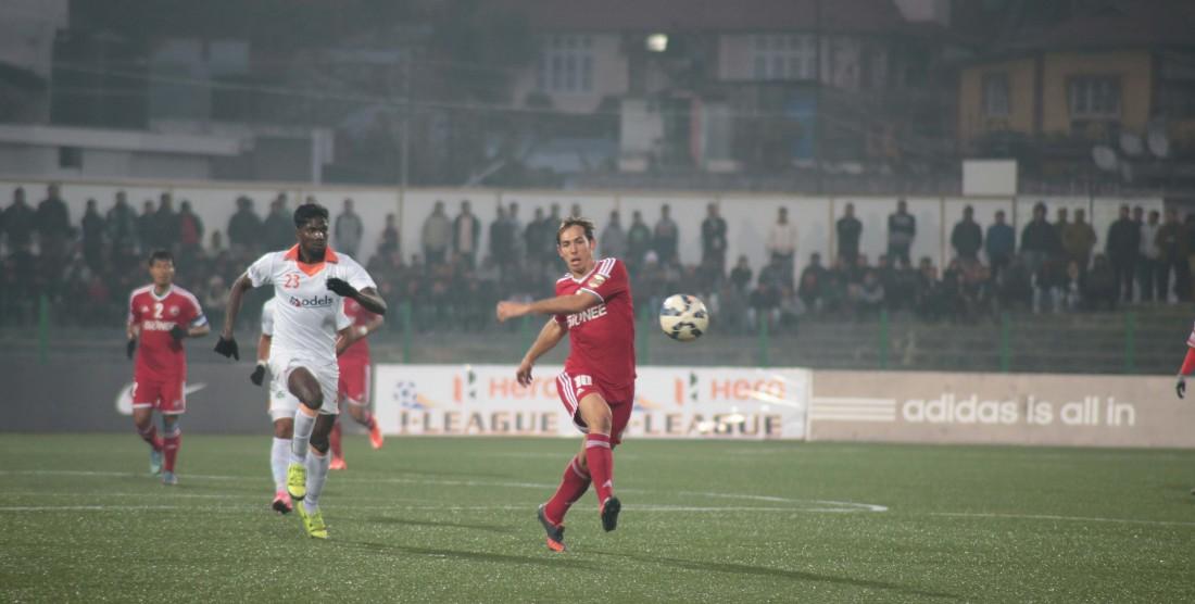 Lajong Beat Sporting Clube De Goa 1-0